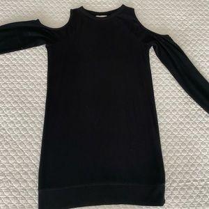 Abercrombie Cold Shoulder shift Dress